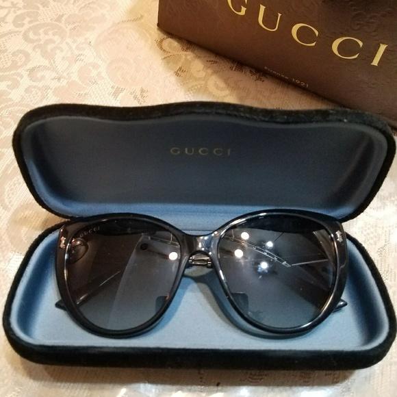 aafac8fc59d Gucci Woman sunglasses NEW